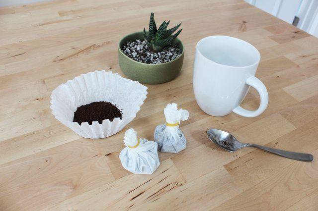 Bonito e eficaz, estes sacos de café DIY são uma manhã excepcional pick-me-up.