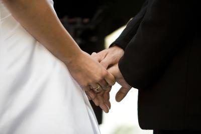 Você pode se tornar ordenado para casar com alguém?