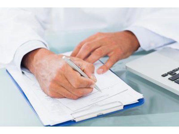 Pseudogota pode ser tratada com muitos dos mesmos medicamentos que os médicos utilizam para tratar a gota.