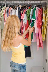 Aprender os diferentes estilos e marcas dos filhos de franceses e roupas de adolescente.