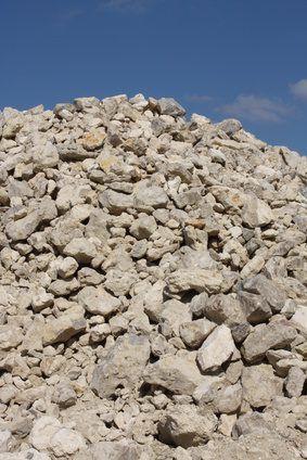 Alguns solo contém uma grande quantidade de cascalho.