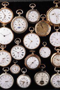 Um pouco de pesquisa pode ajudá-lo a selecionar um relógio de bolso que se adapte ao seu estilo.
