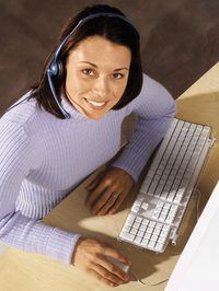 representantes de telefone compõem a maioria dos funcionários do help desk.