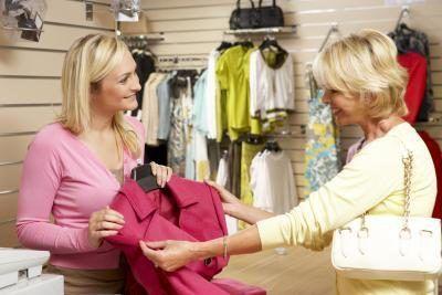 Onde e do tipo de loja em que trabalha também pode afetar o seu salário