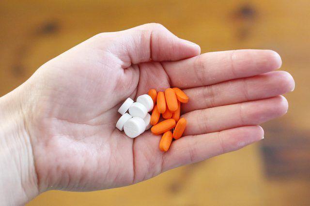 Como alternar Tylenol e Motrin para uma febre