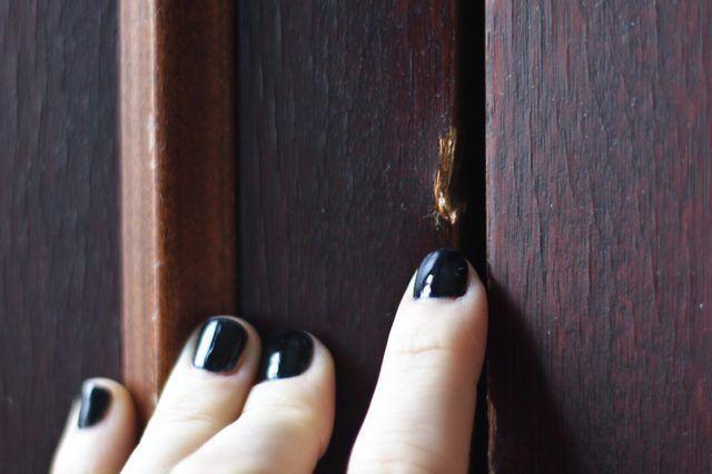 Como corrigir Móveis de madeira lascada