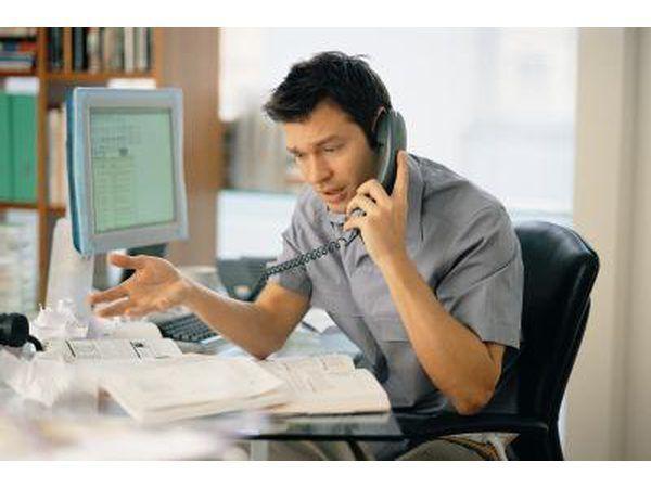 Ligue para o escritório e delinear as suas preocupações sobre as propriedade- pedir que um inspector de edifício sair para inspecionar o imóvel.