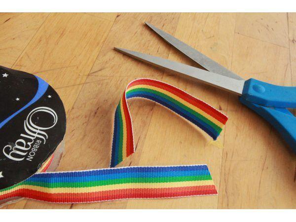 Cortar a fita do arco-íris.