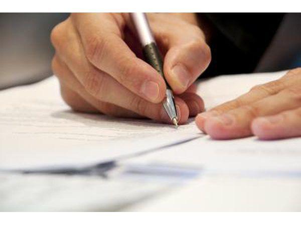 Traga a escritura quitclaim para o seu Registro de Títulos.