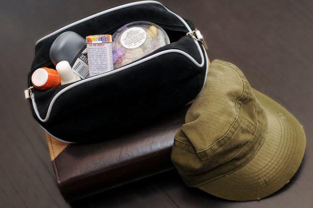 Homens de baixo custo`s Going Away Gifts