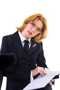 protocolo de entrevista semi-estruturada envolve uma abordagem informal que obtém a mesma informação a partir de um candidato.