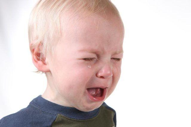 Sinais de uma febre incluem irritabilidade.